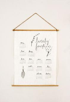 DIY: linen wall calendar