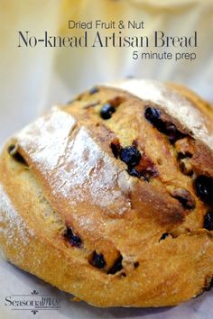 No-knead artisan bread recipe with dried fruit and nuts - 5 minute prep Fruit Bread, Blueberry Bread, Blueberry Recipes, Fruit Recipes, Recipies, Sweet Recipes, No Yeast Bread, No Knead Bread, Bread Baking