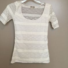 Lace top size XS Cute lace overlay shirt Tops