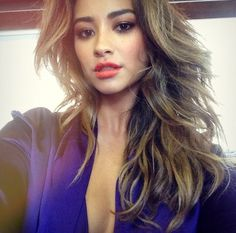 Exclusive: Shay Mitchell Teases Love Triangle Drama in Pretty Little Liars Season 5 Shay Mitchell Hair, Pretty Little Liars, Beauty Makeup, Hair Makeup, Hair Beauty, Celebrity Selfies, Woman Crush, Gorgeous Hair, Up Dos