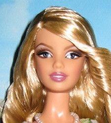 Aphrodite face sculpt : Great source for Barbie ID by face sculpt.