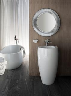 https://i.pinimg.com/236x/af/df/94/afdf94d08242a5af77b91784c519678f--laufen-bathrooms-alessi.jpg