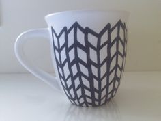 super cute! Large stoneware vintage white and black hand-painted mug.