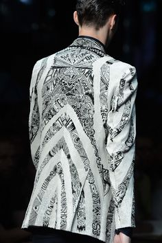 #RobertoCavalli Menswear SS 2013 fashion show - Detail