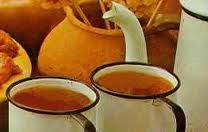 Quentão | Um Clássico das Quermesses e Festas Juninas no Brasil Quentão é uma bebida quente tradicionalmente servida durante as quermesses e festas juninas no Brasil.