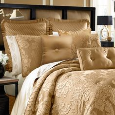 Found it at Wayfair - Colonial 4 Piece Comforter Set