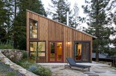 We already got Modern Tiny House on Small Budget and will make you swon. This Collections of Modern Tiny House Design is designed for Maximum impact. Shed Roof, House Roof, Loft House, House 2, Cabin Design, Tiny House Design, Villa Design, Roof Design, Rustic Design