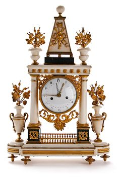 White Marble with Ormolu motifs Louis XVIth Portico Clock ; french - last quarter of the eighteenth century - Dim. 61x39 cm