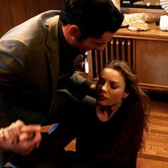 ever so precious Lucifer Gif, Tom Ellis Lucifer, Lauren German, Series Movies, Tv Series, Night Aesthetic, Morning Star, Netflix, Stars