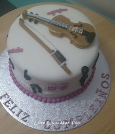 Violin cake                                                                                                                                                     More