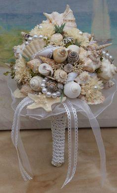 Bridesmaid Bridal Seashell Wedding Bouquet by HeartoftheOceanSSB
