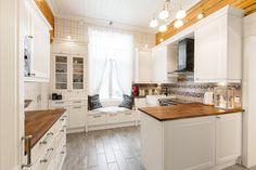 Modern kitchen in an old atmosphere.
