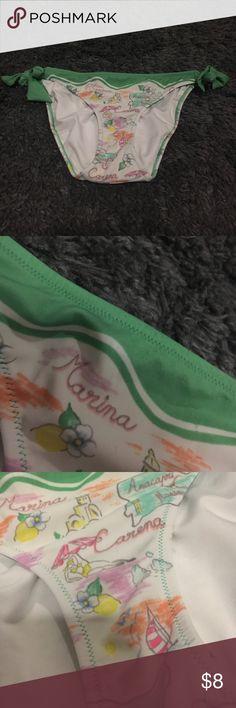 👙SALE👙 VS side tie bottom Minor pilling shown in second photo! Great condition, bundle to save Victoria's Secret Swim Bikinis
