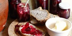 Blackberry jam recipe with a twist: Blackberry and pear jam
