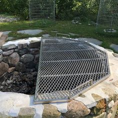 Fire Pit Grill Grate, Fire Pit Bbq, Diy Fire Pit, Fire Pit Backyard, Pergola Patio, Backyard Patio, Patio Grill, Backyard Games, Bbq Grill
