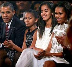 Barack Obama, Malia Obama, Michelle Obama Flotus, Barack And Michelle, Black Presidents, American Presidents, Durham, Joe Biden, Afro