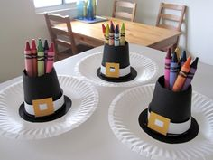 Pilgrim hats made from party cups. Could use these for snacks, crayons or markers, cutlery at place settings, etc... Lots of other fun crafts here too. Love the felt cornucopias and the feather hair clips!