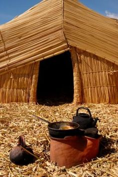 """Uru homes are made using """"totora"""" reeds that grow along the shores of Lake Titicaca, Bolivia"""