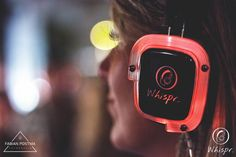 Whispr Silent Disco, losse verhuur, complete concepten, totale service. Contact ons! | www.whispr.nl