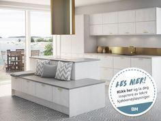 Nytt kjøkken: Alt du trenger å vite om oppussing - Byggmakker White Marble Kitchen, White Kitchen Decor, Granite Kitchen, Kitchen Cabinets, Kitchen Ideas, Granite Flooring, Traditional Lighting, Grey Kitchens, Cuisines Design