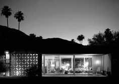 Mid-century modern architecture in the desert near Palm Springs, California. Architecture and landscape by William Kesel. Photographed by Juluis Shulman in 1959 and 1960 whose archives now reside in the Getty Center. This photo by Jim Schnepf. Decorative Concrete Blocks, Decorative Screens, Palm Springs Mid Century Modern, Mid Century Exterior, Modernism Week, Palm Springs Style, Palm Desert, Desert Oasis, Design Blog