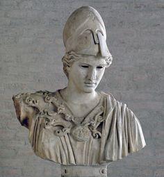Busto de Atenea, tipo Palas de Velletri (los ojos se han perdido). Copia del siglo II de una estatua votiva de Cresilas en Atenas, c. 430–420 a. C. (Gliptoteca de Múnich.)