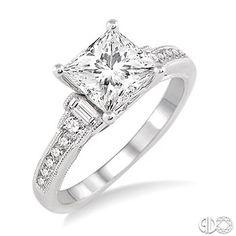 Stunting Princess Cut Diamond Engagement ring!