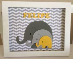 Lindo enfeite de porta de maternidade feito com o tema de elefante. <br>Fazemos também sob encomenda para outros temas! <br> <br>Aproximadamente tamanho A3