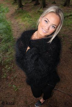 Luvsfuzzysweaters : Photo