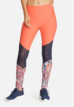 Update your workout wardrobe with these beautiful leggings. Designed with mesh panels at the knees, and a splash print to the ankles, they'll complement a selection of sports bras and trainers for a comfy, cool look. Take it to the next level by wearing them with the matching crop top. Mesh Insert Leggings, Trainers, Active Wear, How To Look Better, Comfy, Crop Tops, Workout, Sports, How To Wear