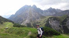 Wandern im Herbst - #herbst #kliniken #tirolkliniken #tirol #fit #fitness #sport #innsbruck #skifahren #winter #verletzung #gesundheit #berge #alpen