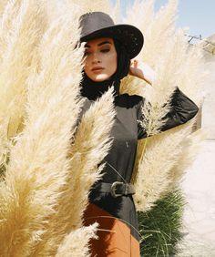 Iranian Women Fashion, Muslim Fashion, Modest Fashion, Hijab Wedding Dresses, Disney Wedding Dresses, Casual Hijab Outfit, Hijab Chic, Muslim Girls, Muslim Women