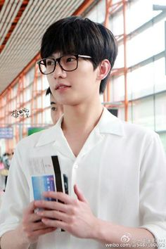 Looking hot with specs Asian Actors, Korean Actors, Love 020, Jing Boran, Dramas, Yang Yang Actor, Wei Wei, Perfect Boyfriend, Fandom