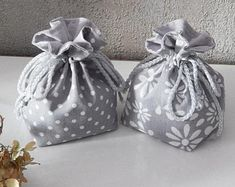 Cotton Fabric Drawstring Bag, Grey Pouches, Floral Birthday Gift Bag, Reusable Storage Bags, Wedding Favor Bags