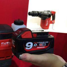 My friends @stimuselverktygofficial are at a tool show right now.  Look whats coming!  #milwaukee9 #9amphour #m18 #milwaukeetool