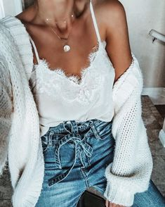 Black Patchwork Lace Spaghetti Strap Backless V-neck Fashion Vest New Outfits, Summer Outfits, Cute Outfits, Fashion Outfits, Fashion Vest, Fall Outfits, Fashion Shoes, Black Women Fashion, Girl Fashion