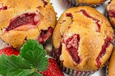 A legfinomabb epres muffin receptje: nem tudsz belőle eleget sütni Muffin, Strawberry, Snacks, Breakfast, Food, Breakfast Cafe, Muffins, Appetizers, Essen