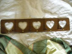 "24""  primitive country heart wood hook wall hanger for hats coats keys hatsmy store The Chic N Prim cottage ebay have to put in the ""the "" in search engine $13.50"