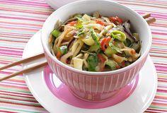 Op zoek naar het lekkerste thaise groenten in kokossaus recept? Ontdek nu de heerlijke recepten van Solo Open Kitchen. Laat je inspireren en ga aan de slag!
