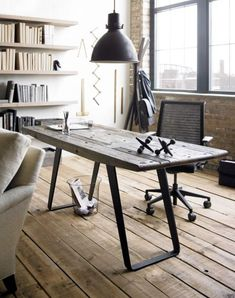 Urban Rustic Design Style: How to Get It Right! Urban Rustic, Design Rustique, Rustic Design, Modern Home Office Desk, Modern Rustic Office, Rustic Home Offices, Estilo Interior, Reclaimed Wood Furniture, Diy Desk