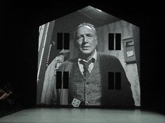 André Wilms in eraritjaritjaka (Set Design and Light: Klaus Grünberg)