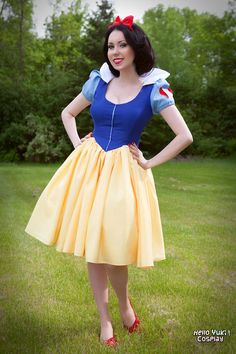 A little full-body shot of me cosplaying Snow White at my birthday party. You're never too old for a Disney Princesses, am I right? Snow White: Little Princess Disney Costumes, Adult Costumes, Costumes For Women, Cosplay Costumes, Snow White Outfits, Snow White Dresses, Disney Dresses, Disney Outfits, Snow White Makeup