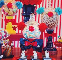 guess how many marshmellows? Clown Party, Circus Carnival Party, Circus Theme Party, Carnival Birthday Parties, Carnival Themes, Circus Birthday, First Birthday Parties, Birthday Party Themes, 2nd Birthday