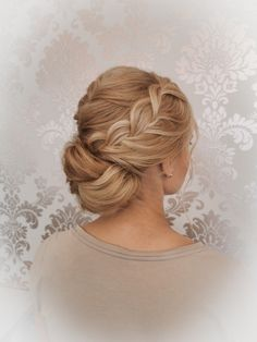 Hairstyling by Christina Gubier Wedding Updo, Wedding Hairstyles, Updos, Wedding Styles, Braids, Weddings, Hair Styles, Fashion, Up Dos