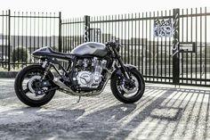 Yamaha custom Cafe Racer