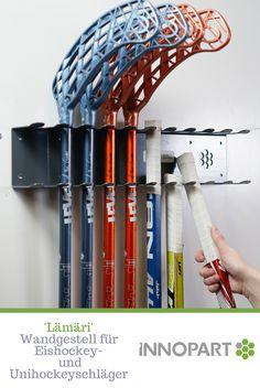 Das zuverlässige Lämäri Wandregal ist großartig in der Aufbewahrung von Eishockey- und Unihockeyschläger unterschiedlicher Größen. Es kann 10 Schläger gleichzeitig aufbewahren; Erwachsenenschläger mit größeren Griffen auf der unteren Halterungsreihe oder dünnere Kinderschläger auf der oberen Halterungsreihe. Die Schläger werden sicher in Position gehalten, sind aber auch schnell herauszunehmen, wenn das Spiel beginnt. Das Wandregal kann sowohl drinnen als auch draußen verwendet werden. Uni, Hang In There, Indoor, House