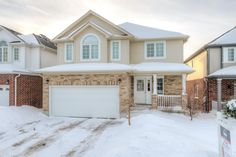 7 Year Old, 3 Bedroom, 2.5 Bathroom, with Double Garage in Wickerson Heights!  - $329,900 - www.ForestCityTeam.com  #RealEstate #LdnOnt #Realtor