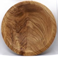 A Beautiful Hand Turned Oak Burl Flame Figure Plate Dish Small Wooden Bowl. Can be used for Change Bowl / Candy Bowl / Catch all Plate Candy Bowl, Candy Dishes, Wood Creations, Wooden Bowls, Serving Plates, Beautiful Hands, Dinner Plates, Light Colors, Change