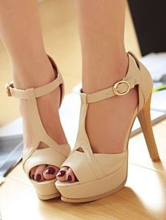 Women Will Simply Fall In Love With These Popular Beautiful Heels - Trend To Wear