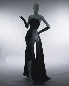 So Classy // House of Dior fall/winter 1949–50